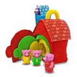 Three little pigs toy set