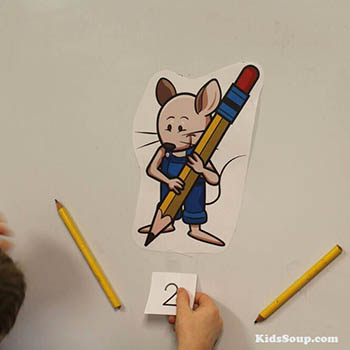 Mouse pencil counting felt story preschool activity