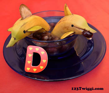Banana Dolphin Snack Idea