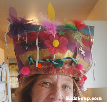 Dr. Seuss hat craft and activity for preschool