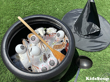 Preschool Witch's Brew Sensory Activity