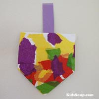 Preschool and kindergarten dreidel craft, rhyme, and game