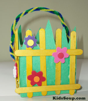 Easter basket craft idea for preschool and kindergarten